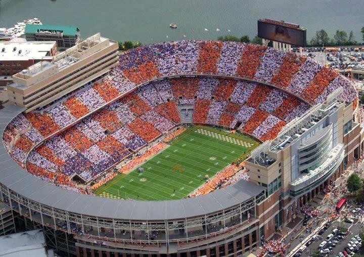 Neyland-Stadium-wikipedia