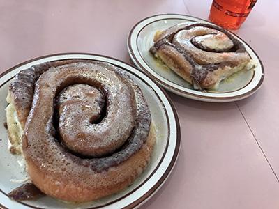 albuquerque-frontier-cinnamon-rolls