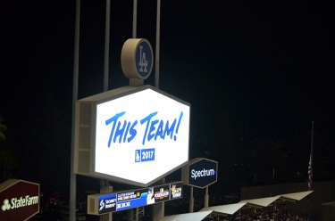 dodger-stadium-lights-this-team