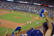dodgers-diamondbacks-fans